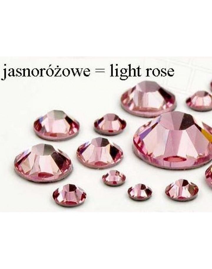 Cyrkonie Jasno Różowe ss4(1,5mm) 100 Szt