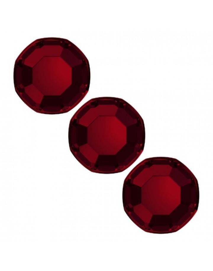 Cyrkonie ciemnoczerwone ss4(1,5mm) 100szt.